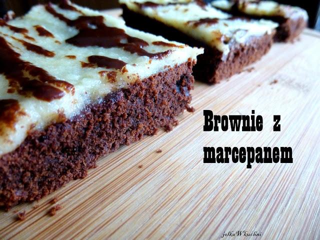 Brownie z marcepanem