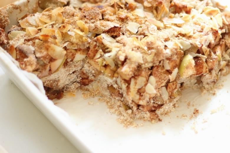 Kokosowa szarlotka sypana – dietetyczna