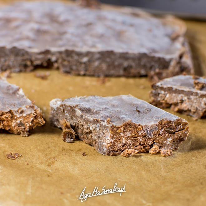 Lodowy blok czekoladowy: bez cukru, bez mleka, bez glutenu! Coś dla prawdziwych łasuchów