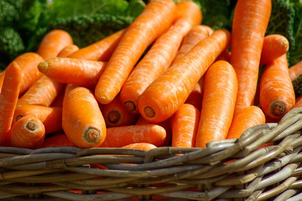 Korzyści dla zdrowia z jedzenia marchewki