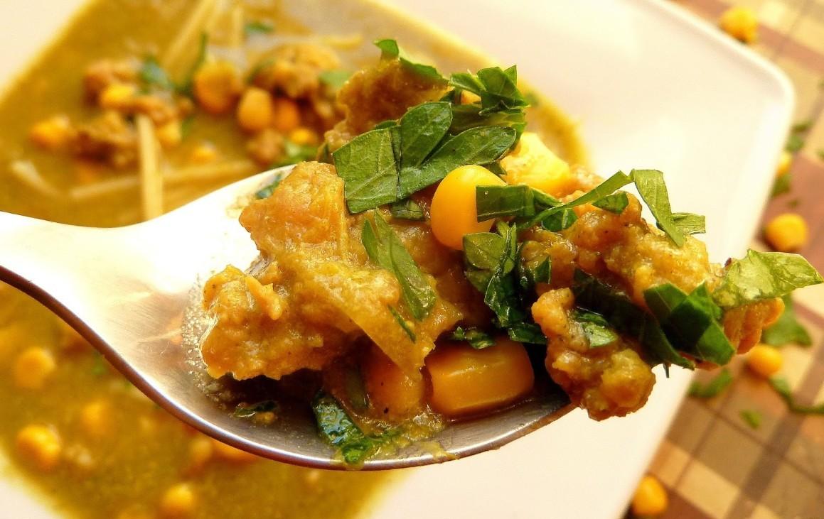 Zupa porowa z mięsem mielonym i kukurydzą