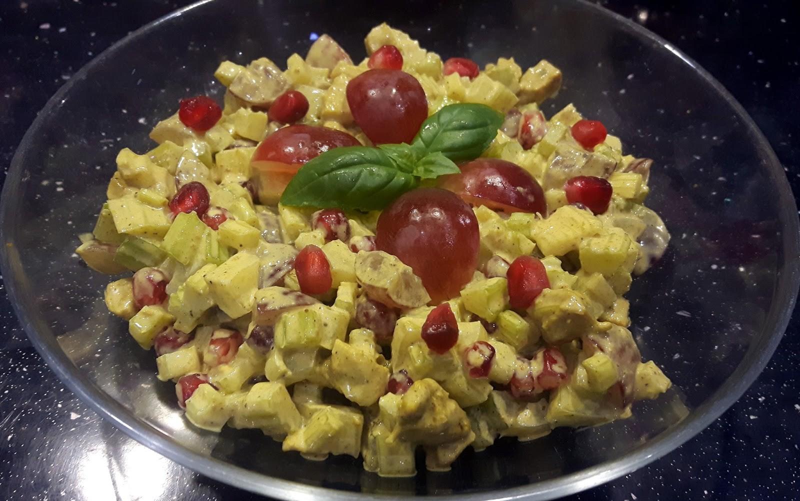 Sałatka curry z selera naciowego