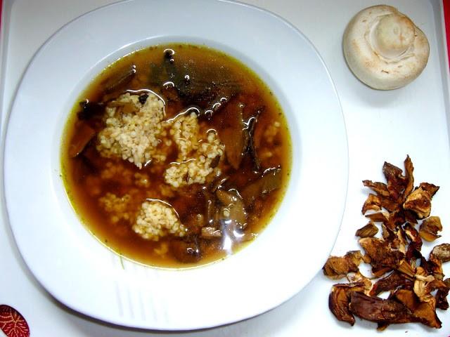 Zupa grzybowa po żydowsku