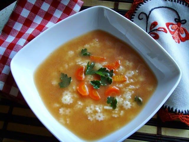 Zupa pomidorowa na rosole. Porosołowa błyskawiczna pomidorówka.