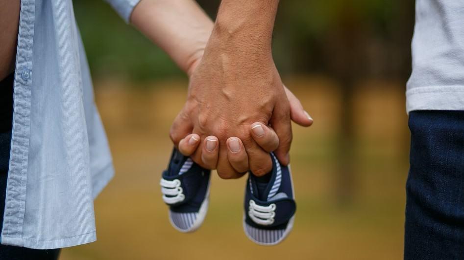 Test ciążowy – kiedy warto go zrobić i jak go przeprowadzić