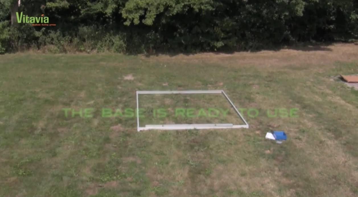 Jak zbudować szklarnię w ogrodzie?
