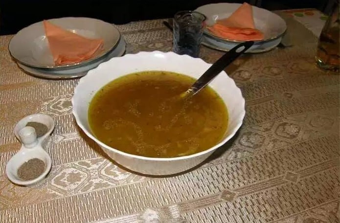 Zupa, która działa jak antybiotyk. Bierze cię choroba? Ugotuj zupę!