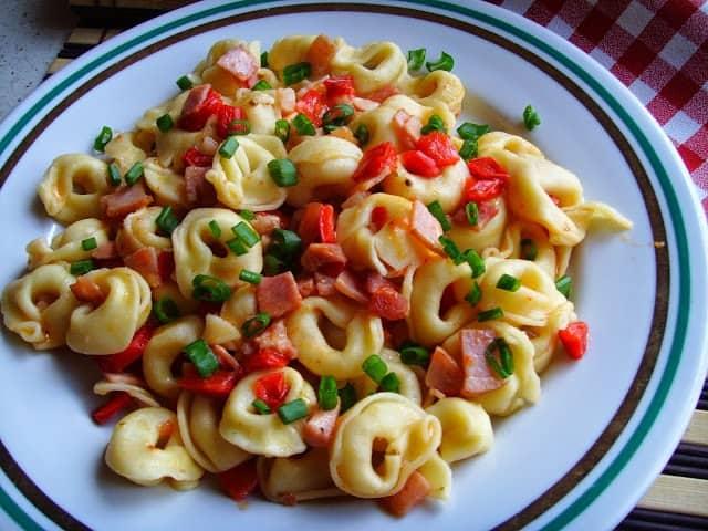 Tortellini zasmażane. Szybki obiad lub kolacja.