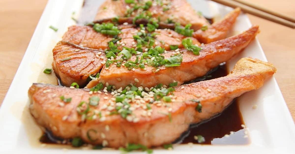 Jak smażyć rybę aby nie przywierała i nie była tłusta – genialny sposób!