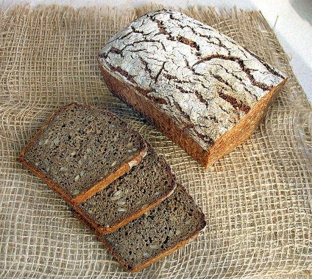 Niemiecki chleb żytni razowy