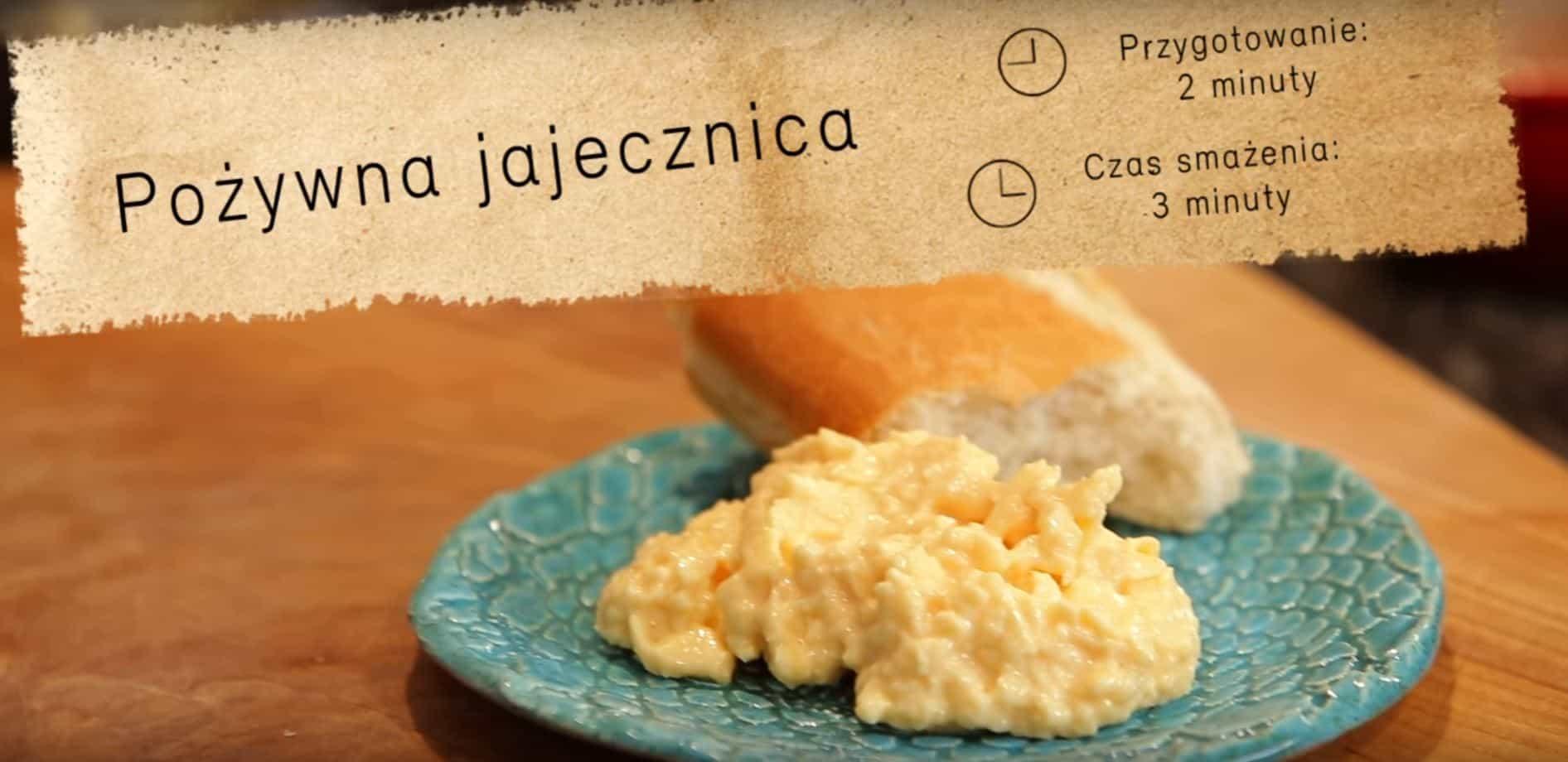 Pożywna jajecznica na kaca według przepisu Pascala Brodnickiego