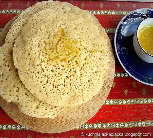 Marokańskie naleśniki z semoliny – Baghrir