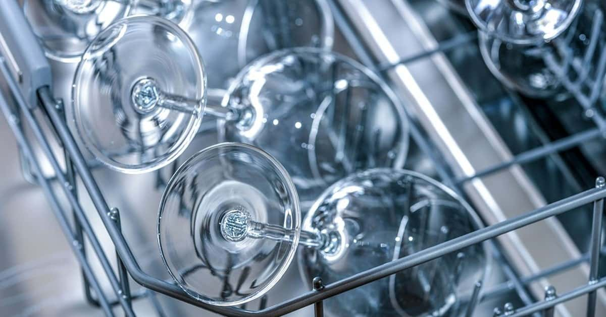 Czego nie powinno myć się w zmywarce