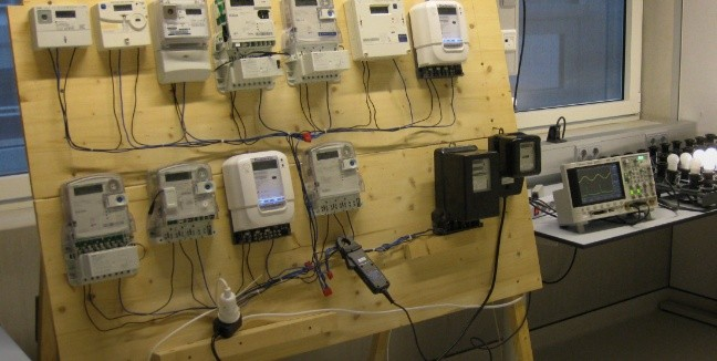 Naukowcy potwierdzili, że cyfrowe liczniki zawyżają zużycie energii nawet o 600 procent!