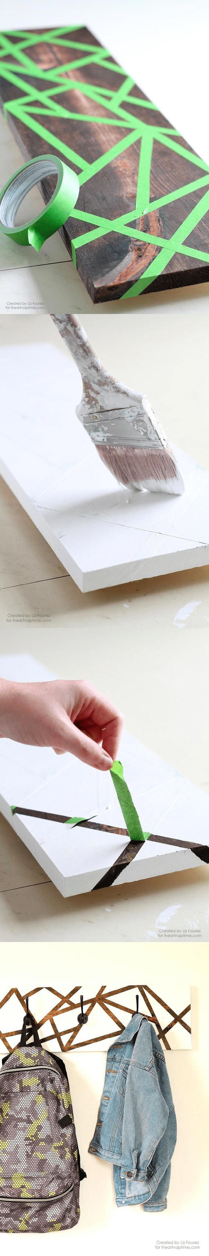 Pomysłowy wieszak z deski, zrób go sama