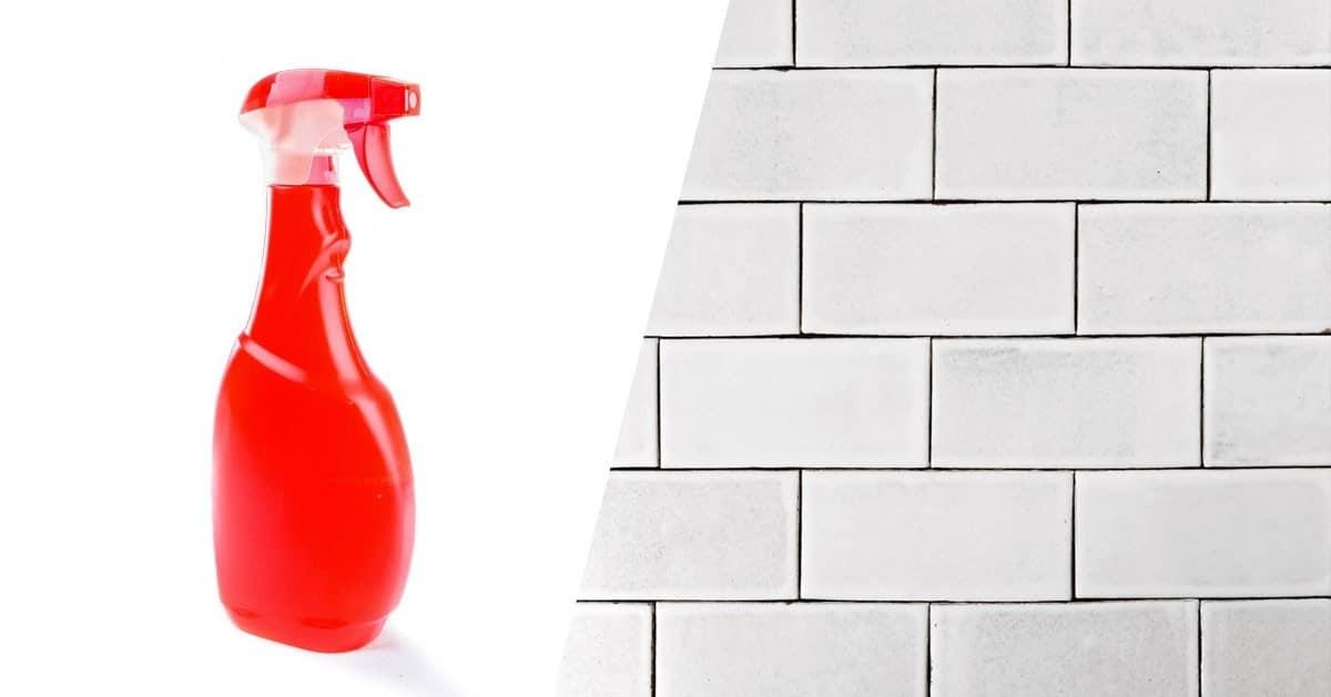 Domowy płyn do czyszczenia kafelków i fug