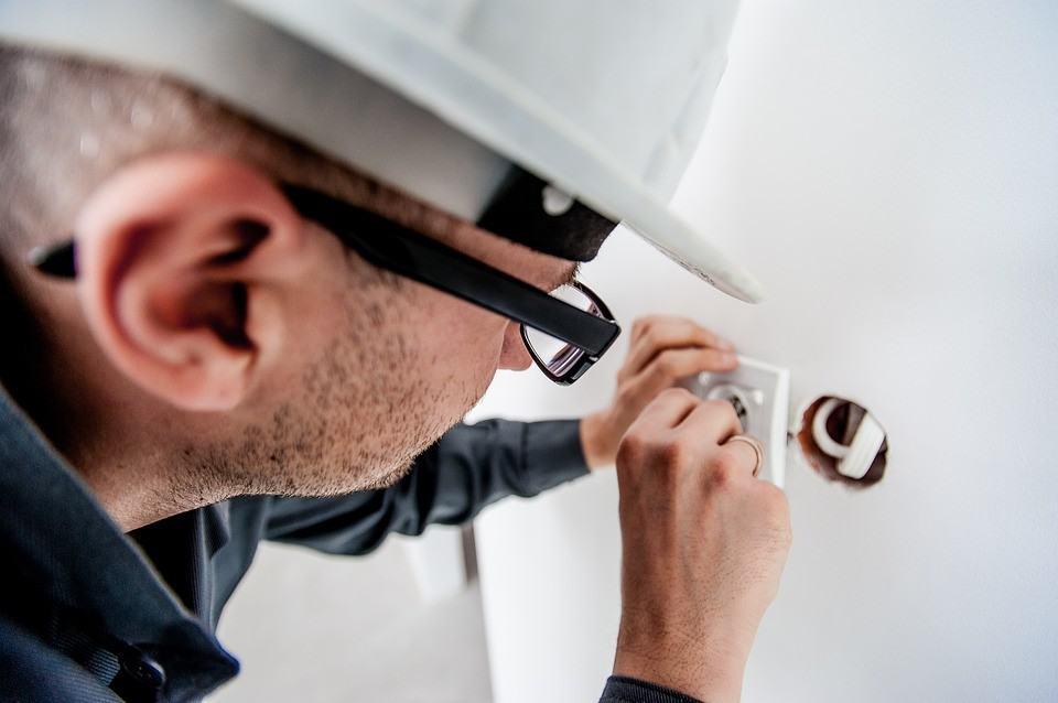 Aluminiowe kable elektryczne – wszystko co musisz o nich wiedzieć jeśli masz je w domu