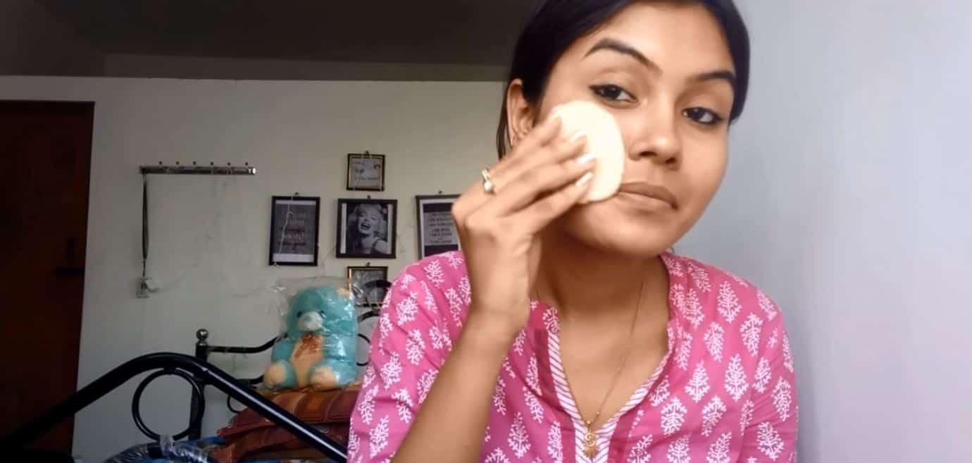 Przetarła twarz plasterkiem ziemniaka. Zobacz jakie efekty daje ta kuracja!
