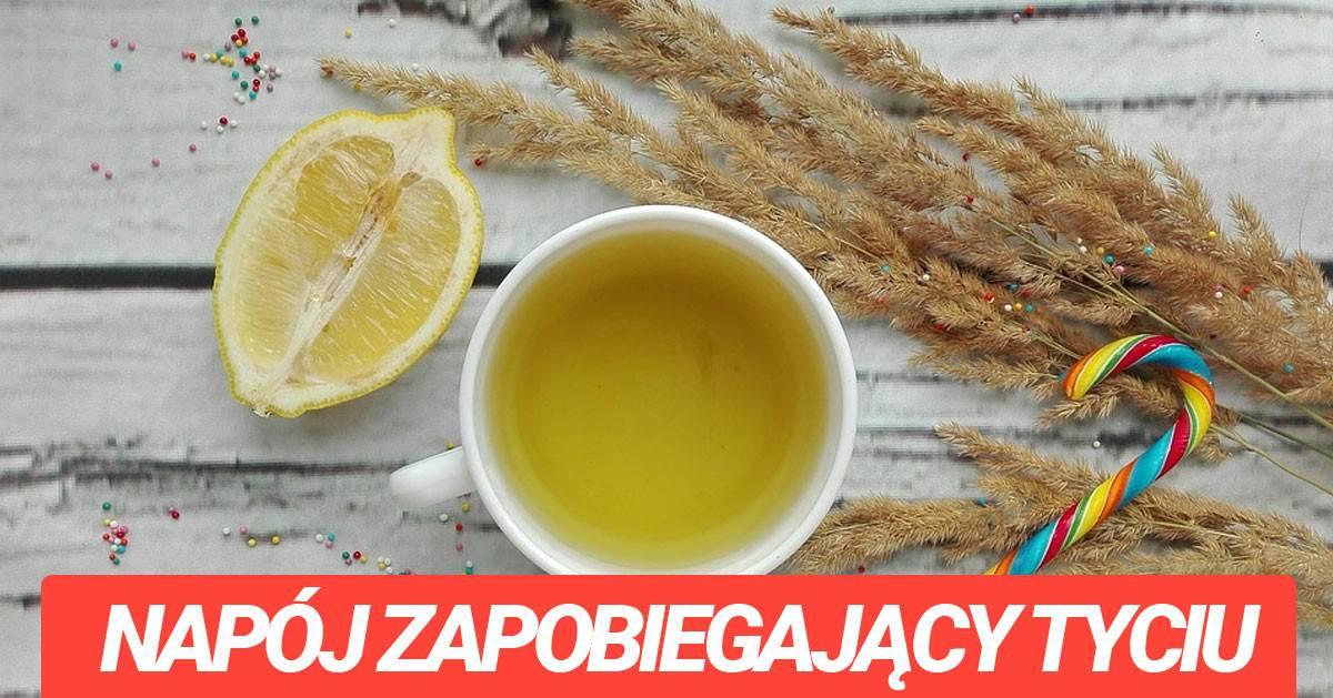 Domowy napój z pieprzu i cytryny zapobiega tyciu!