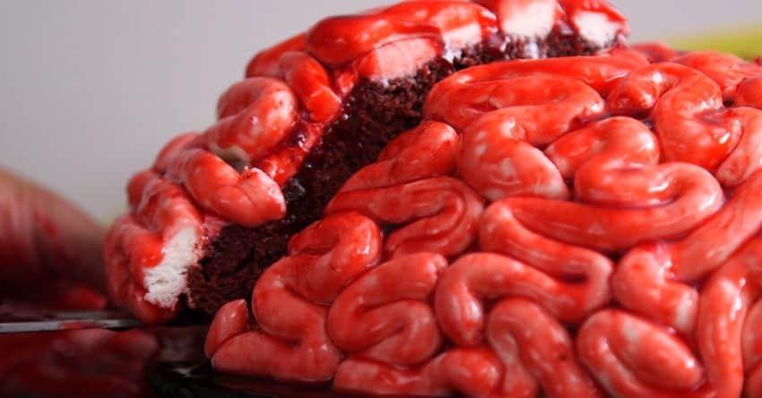 DomPelenPomyslow.pl Zobacz jak zrobić ciasto na Halloween w kształcie mózgu