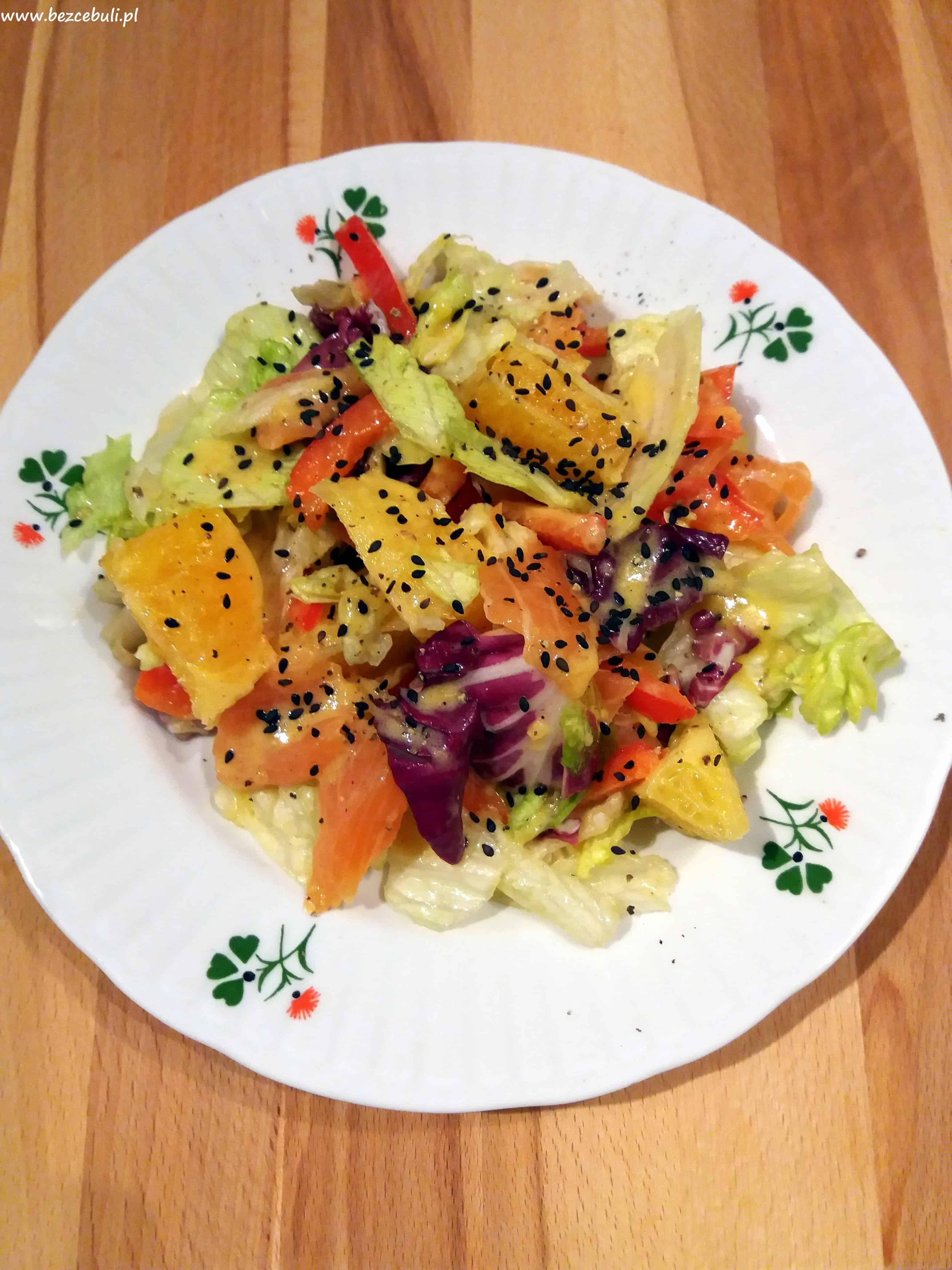 Sałatka z łososiem i pomarańczami