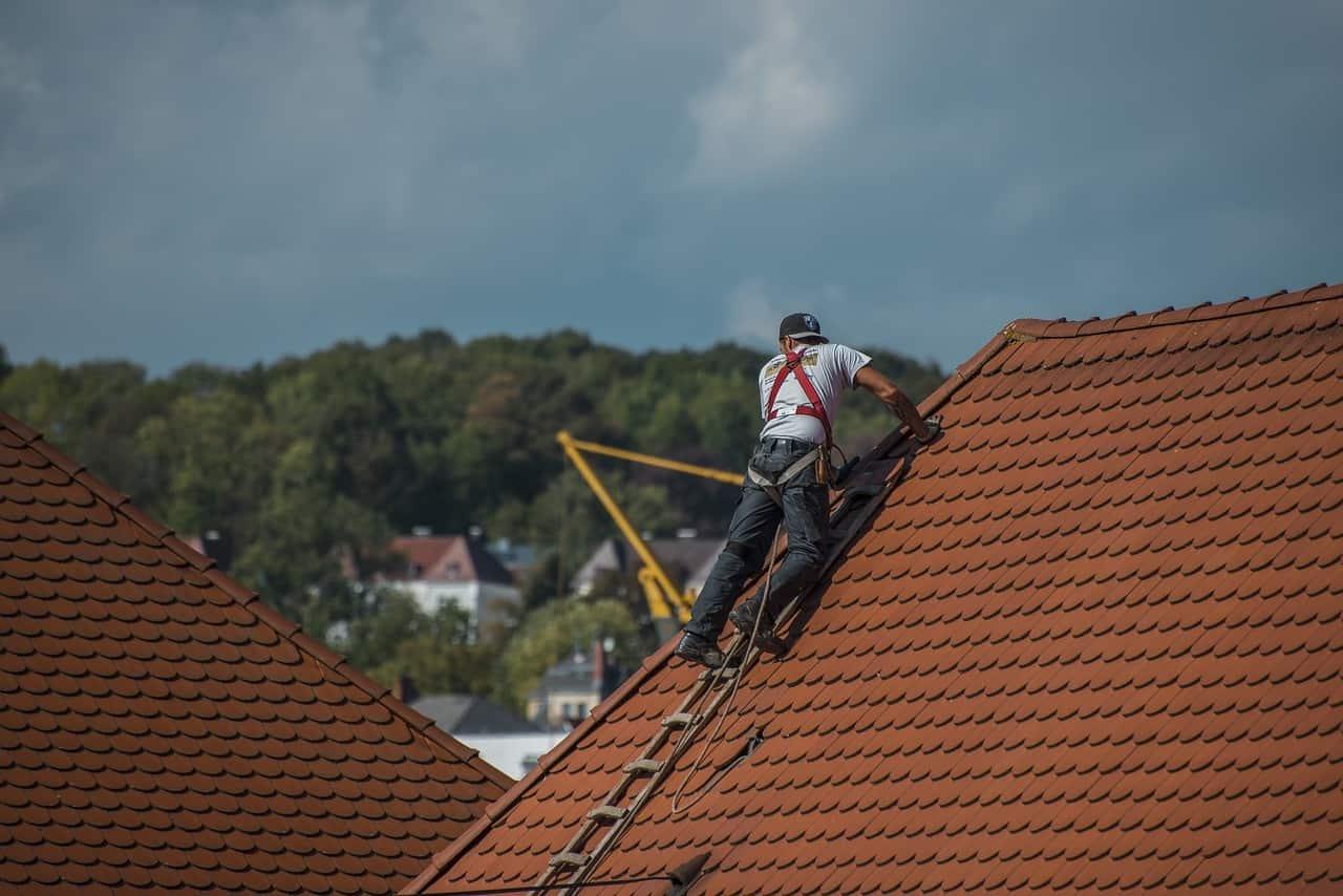 Malowanie dachu krok po kroku