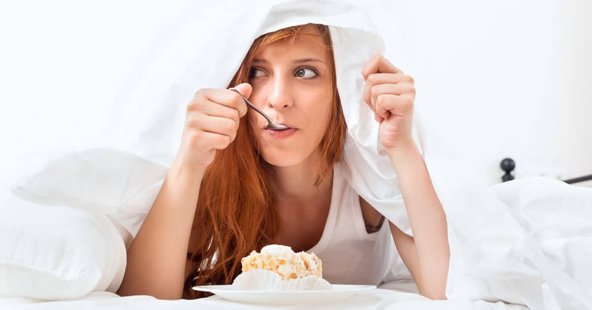 DomPelenPomyslow.pl 5 błędów, które popełniasz w ciągu nocy i są one przyczyną przyrostu wagi