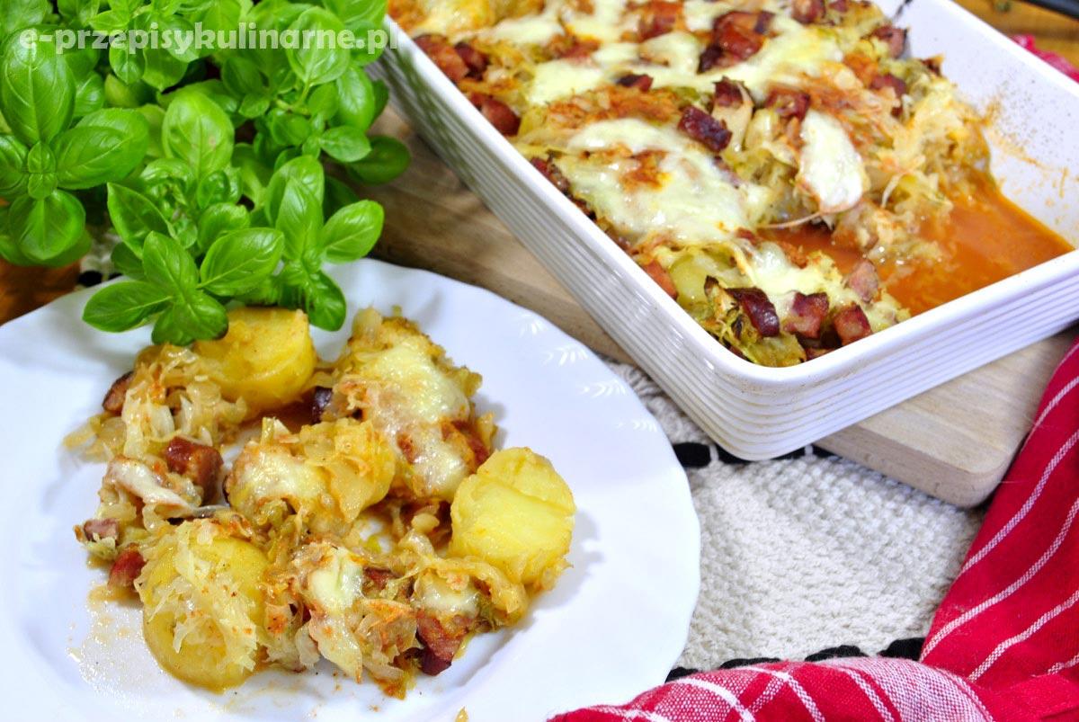 Zapiekanka z młodej kapusty i ziemniaków