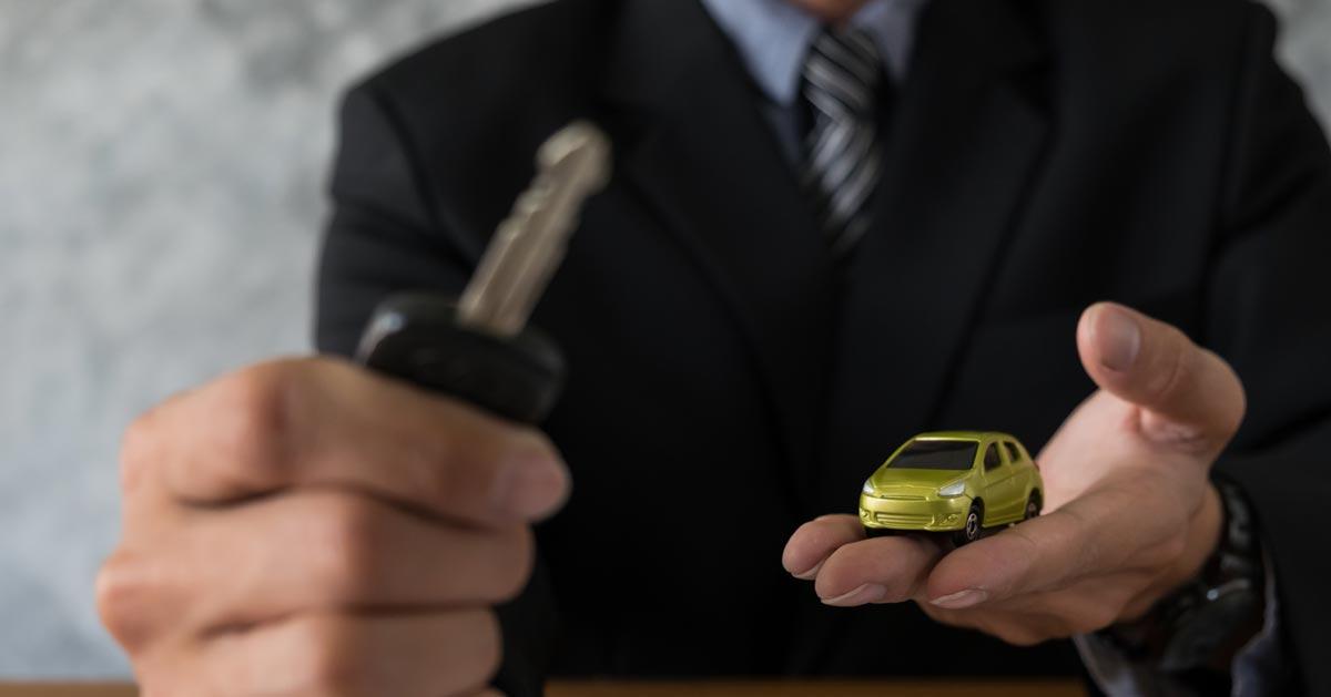 Kupiliście auto i handlarz Was oszukał? Zobaczcie jak walczyć z nieuczciwym handlarzem!