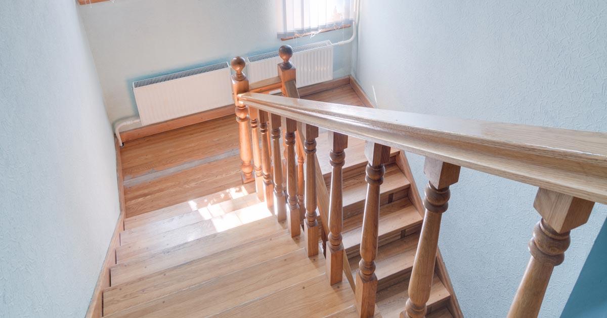 Co to są schody zabiegowe. Gdzie najlepiej się sprawdzają?