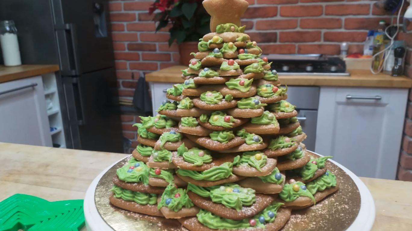 Jak zrobić piernikową choinkę na Boże Narodzenie