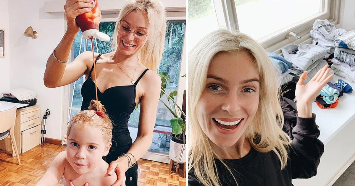 Mama naciera włosy córki keczupem. Podzieliła się tym trikiem w Internecie! Wypróbujesz go?