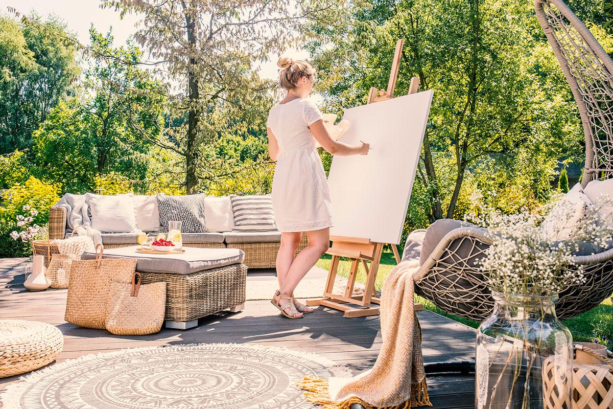 Jak wybrać dobre meble ogrodowe oraz namiot do ogródka? Doradzamy!