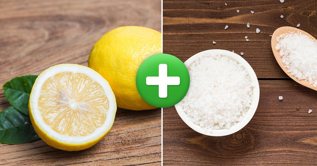 Przekrój cytrynę na pół. Posyp solą i postaw w kuchni na blacie. Zobacz dlaczego warto to zrobić!