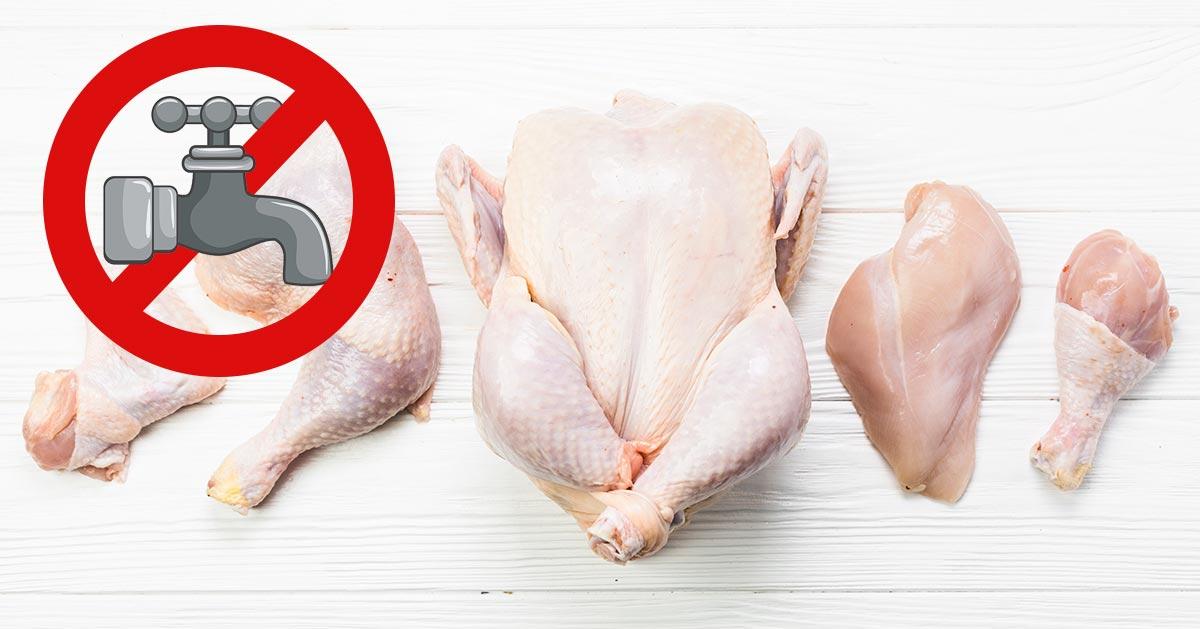 Nie myj surowego kurczaka – tak radzi CDC!