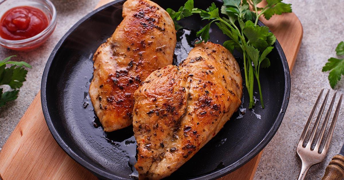 Przepis na pieczone piersi kurczaka, które nie są nudne