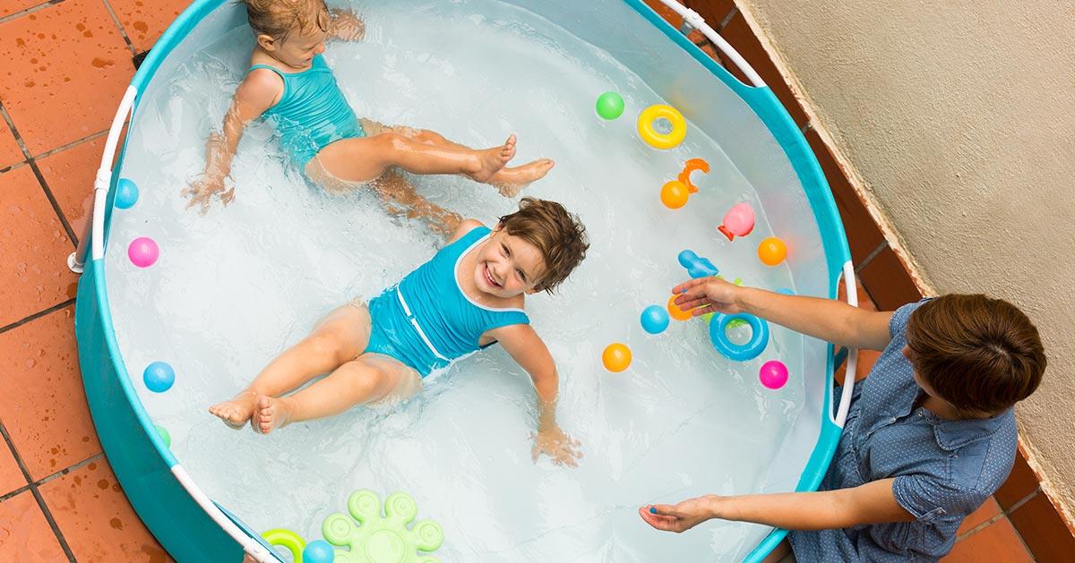2,5-latka utonęła w ogrodowym basenie. To straszna tragedia, które powinna nas czegoś nauczyć.