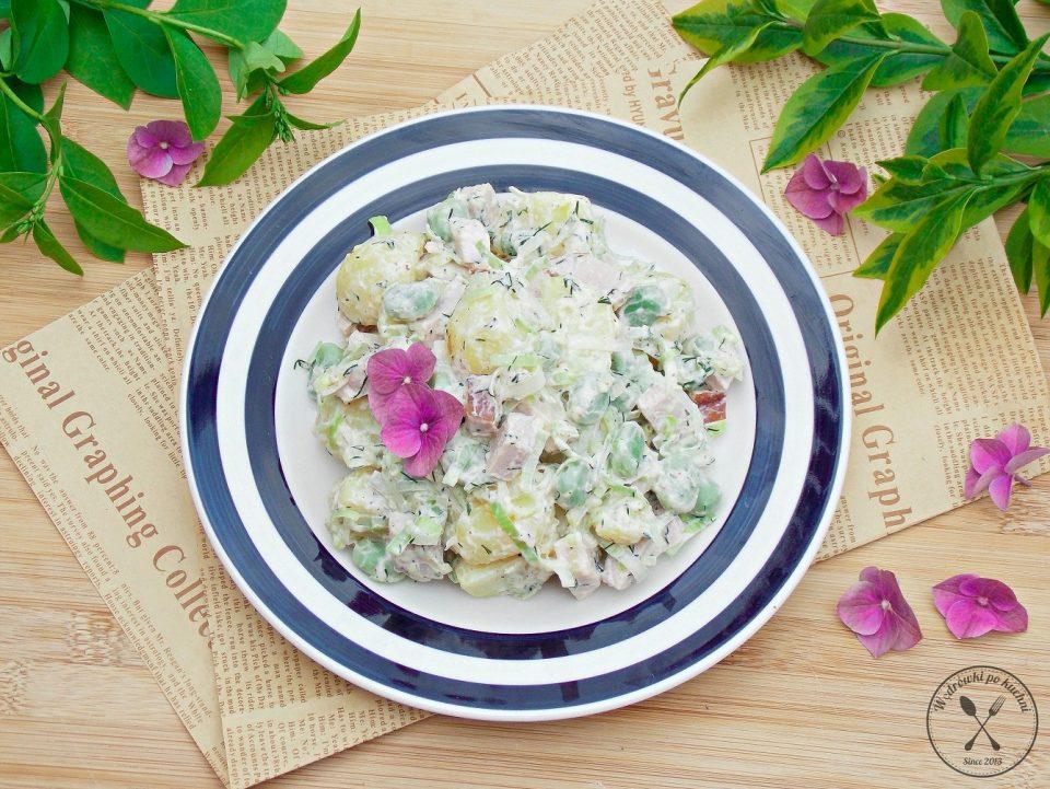 Sałatka ziemniaczana z bobem i sosem jogurtowo-musztardowym