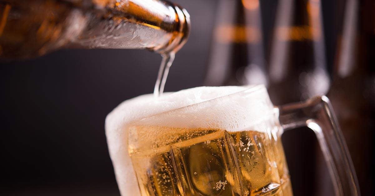 Czy w pracy można pić piwo bezalkoholowe?
