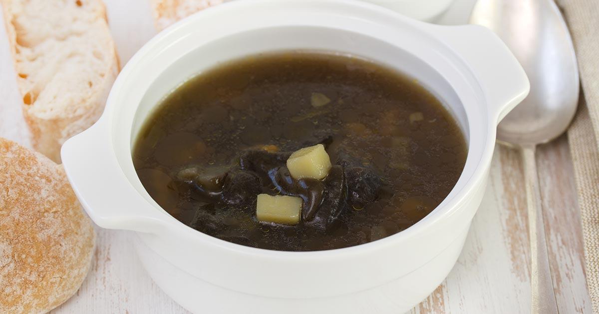 Zupa borowikowa – wypróbuj ten przepyszny przepis!