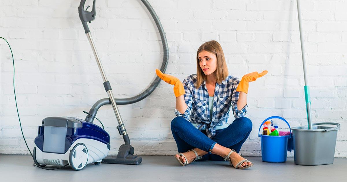 Kabel w odkurzaczu nie chce się zwijać – jak go naprawić?
