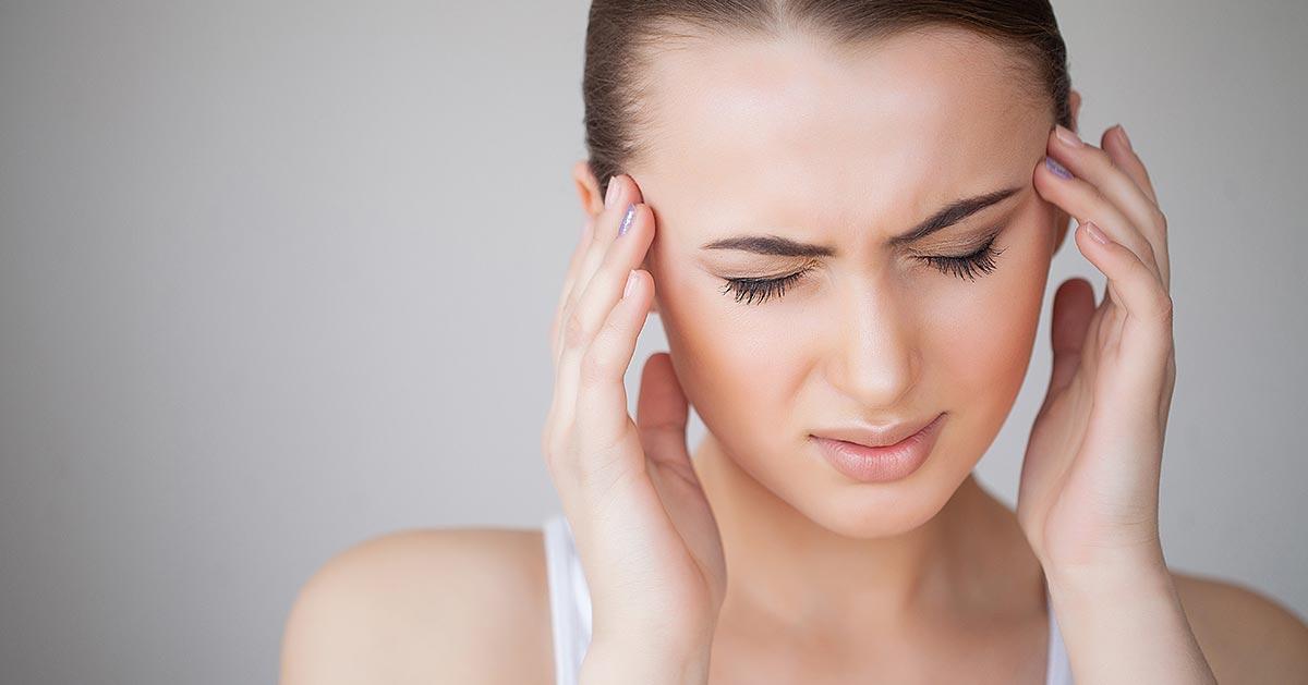 Domowy napar, który łagodzi ból głowy