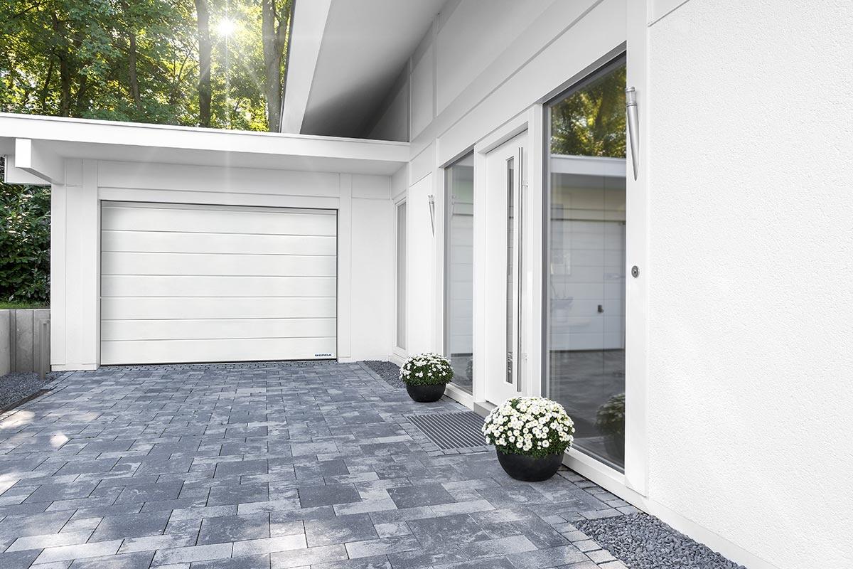 Bezpieczeństwo, wygoda i trwałość. Jak wybrać bramę garażową?
