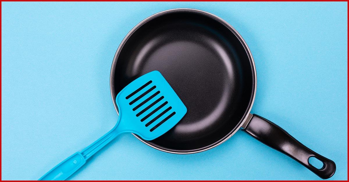 Korzystasz z plastikowych akcesoriów do gotowania? Naukowcy radzą tego nie robić!