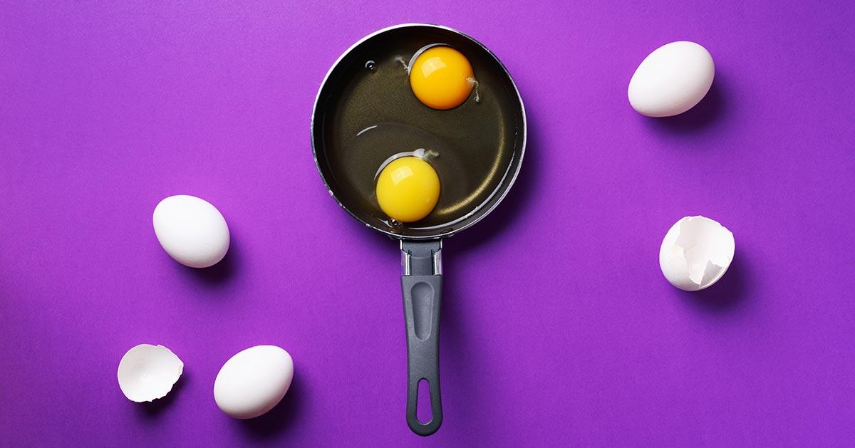 Co oznacza jajko z dwoma żółtkami?