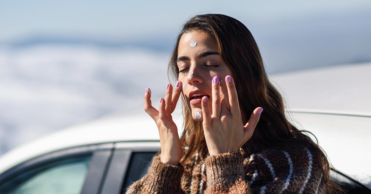 Jak zadbać o skórę zimą