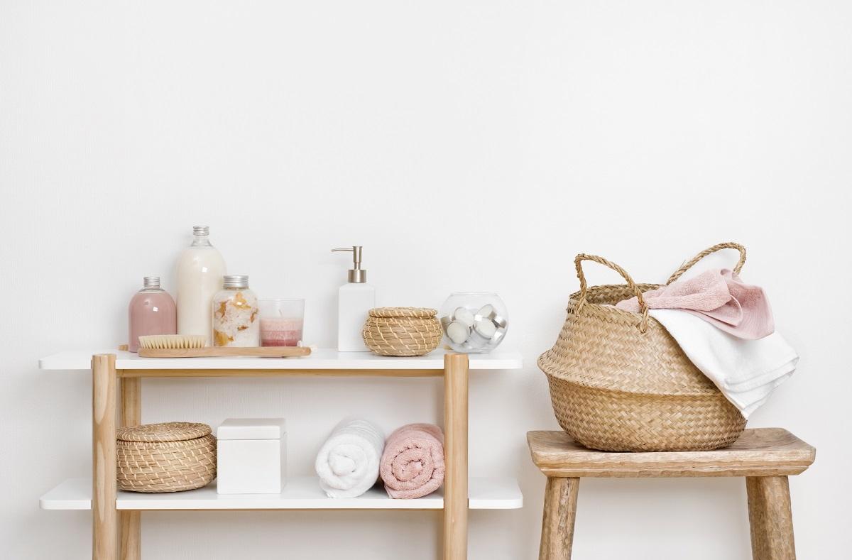 Pomysły na przechowywanie kosmetyków w łazience
