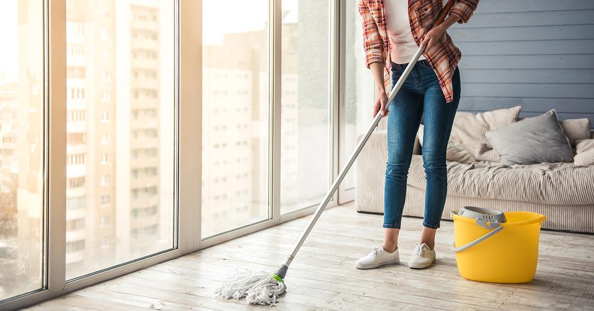 Czym umyć podłogę po remoncie aby nie wychodził biały nalot