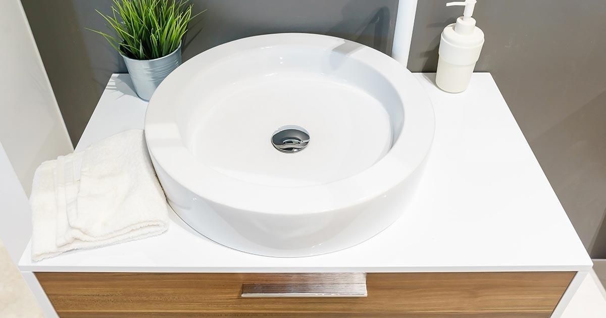 Umywalka nablatowa – wada tego rozwiązania