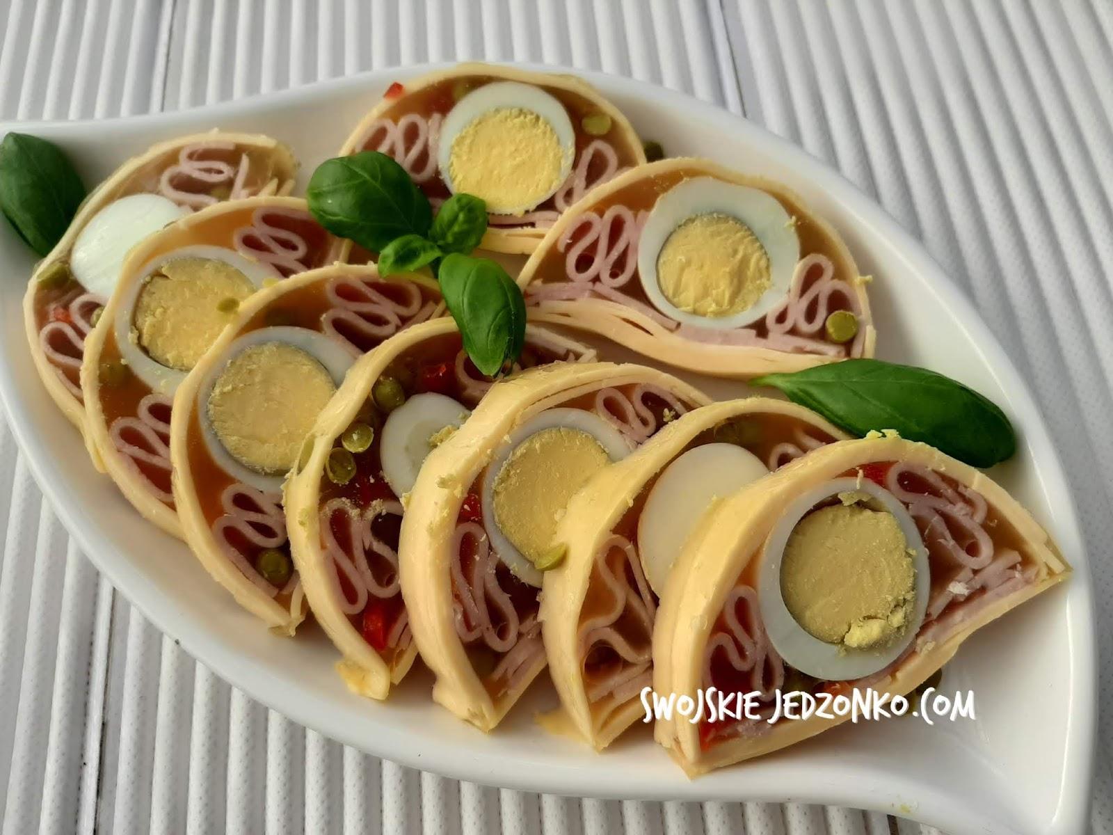 Galaretka z jajkiem, serem i szynką